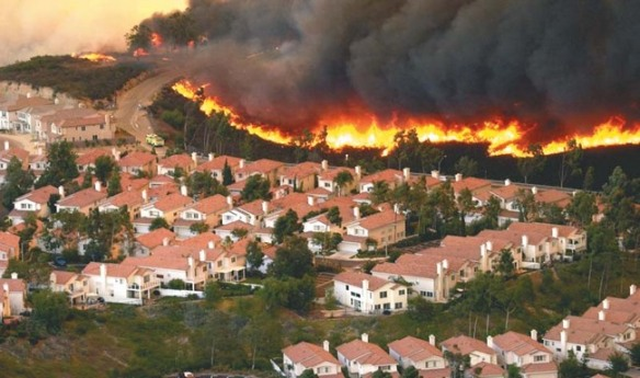 John Gibbins aerial photo of 2003 fire around Scripps Ranch area.